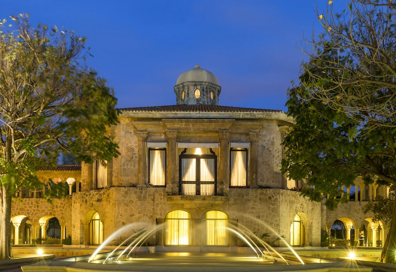 Quinta Real Aguascalientes, Aguascalientes, Hotel Front – Evening/Night