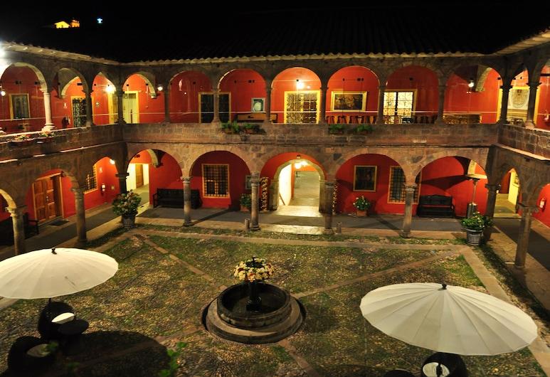 Ramada Costa Del Sol Cusco, Cusco, Gårdsplads