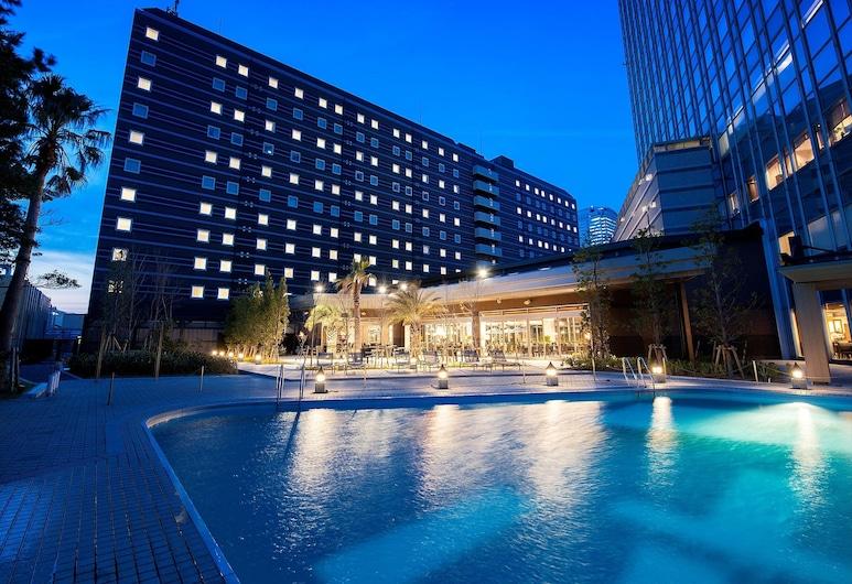 Apa Hotel And Resort Tokyo Bay Makuhari, Chiba, Piscina al aire libre