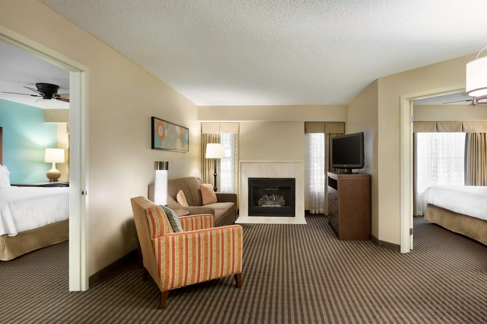 2 King 2 Bedroom Suite with Fireplace - Living Area