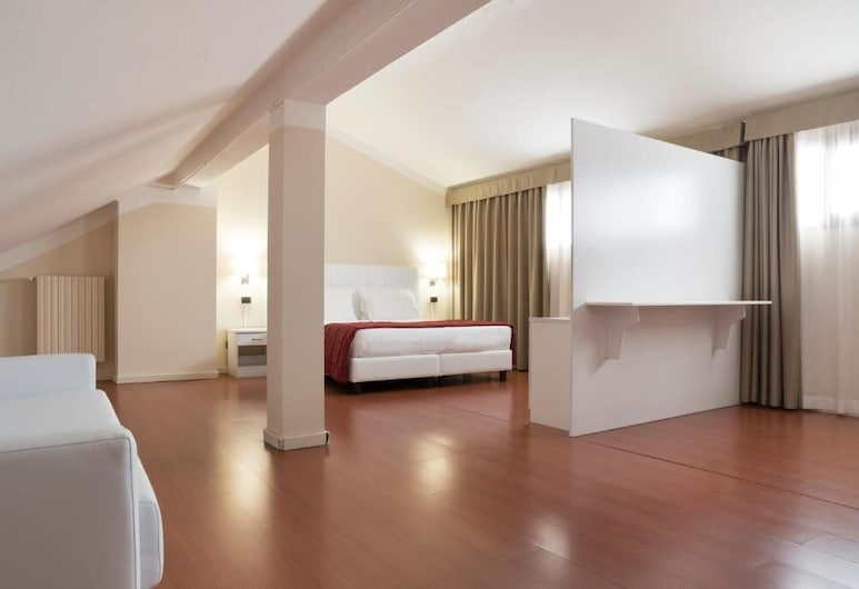 Hotel Tourist, Turin, Family Room, Guest Room