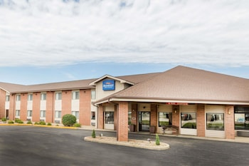 Picture of Baymont Inn & Suites Le Mars in Le Mars