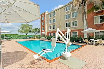 Picture of Baymont by Wyndham Miami Doral in Doral