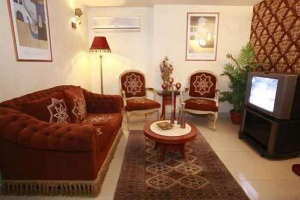 غرفة ديلوكس مزدوجة - بمنظر للبحر - غرفة معيشة