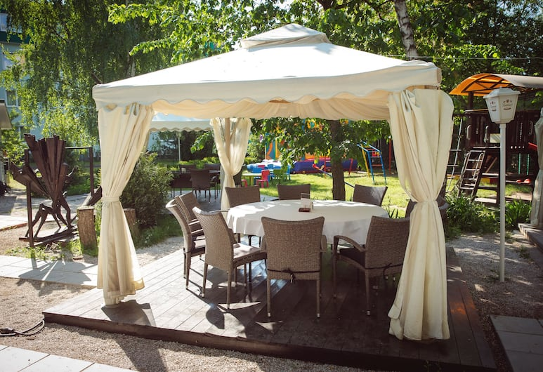 Art Hotel, Moscow, Outdoor Dining