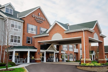 Picture of Country Inn & Suites by Radisson, Milwaukee West (Brookfield), WI in Brookfield