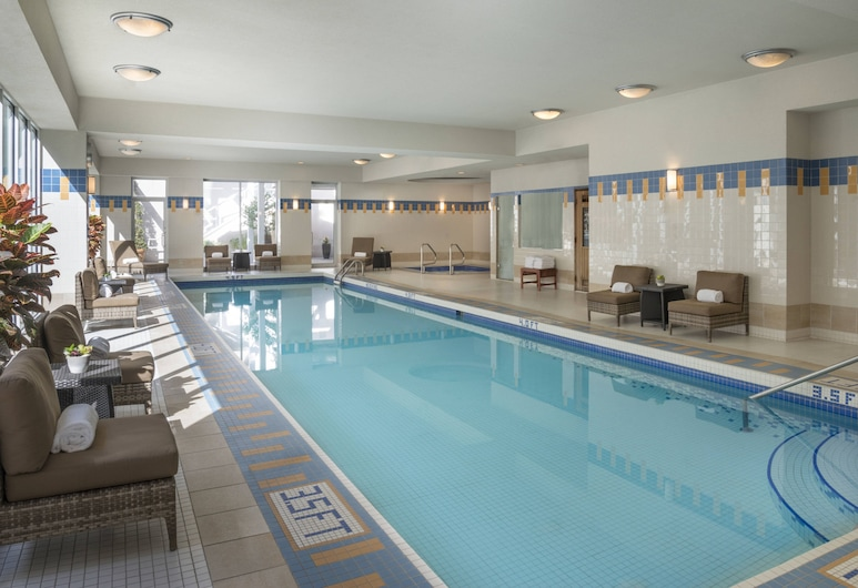 Vancouver Marriott Pinnacle Downtown, Vancouver, Indoor Pool