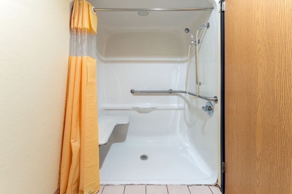 Standard Oda, 1 En Büyük (King) Boy Yatak, Engellilere Uygun - Banyo