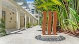Hotel , Miami Beach