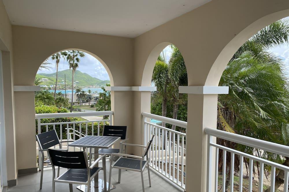 One-Bedroom Hillside Suite - Balkong