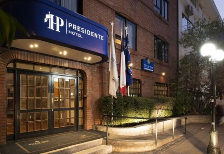 Hotel Presidente, Santiago, Lối vào khách sạn