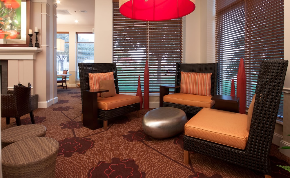 Hilton Garden Inn Fort Worth / Fossil Creek, Fort Worth, Lobby Lounge
