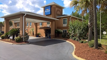 Picture of Baymont Inn & Suites Cordele in Cordele