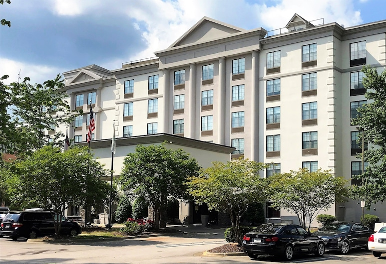 Holiday Inn Hotel & Suites Raleigh / Cary, קארי