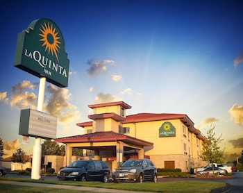Picture of La Quinta Inn & Suites Springfield South in Springfield