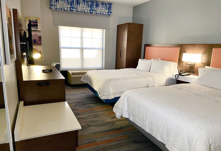 Hampton Inn & Suites Phoenix-Goodyear, Goodyear, Two double beds non smoking, Guest Room