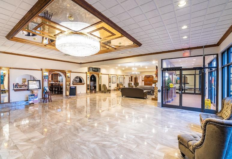 Ramada by Wyndham Thunder Bay Airlane Hotel, Тандер-Бей, Фойє