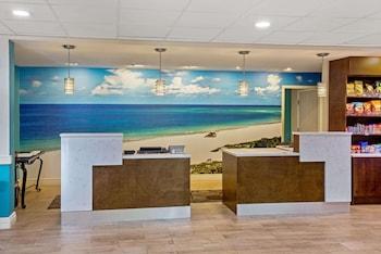 Gambar La Quinta Inn & Suites by Wyndham Sarasota - I75 di Sarasota