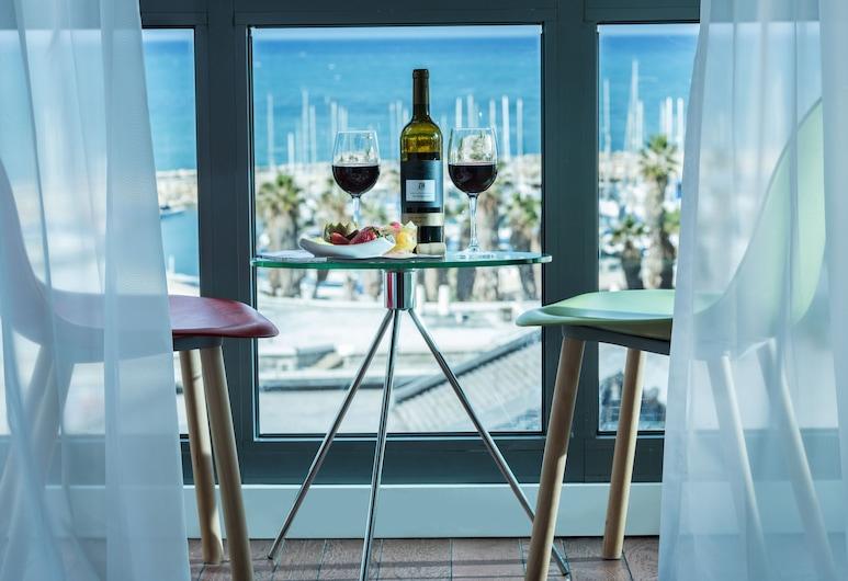 브라운 씨사이드 바이 브라운 호텔스, 텔아비브, 디럭스룸, 바다 전망, 객실