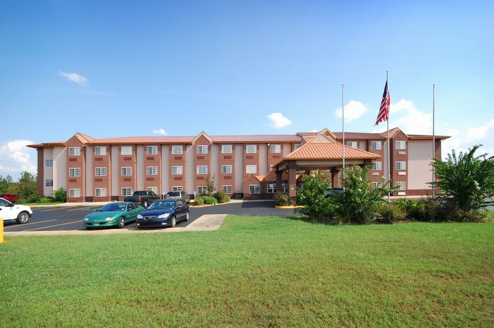 Econo Lodge Inn And Suites, Natchitoches