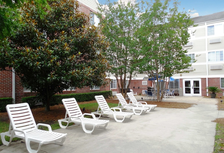 Extended Stay America - Charleston - Airport, North Charleston, Terrace/Patio