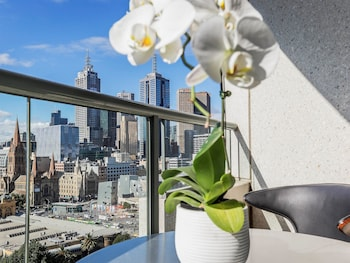 Picture of Quay West Suites Melbourne in Southbank