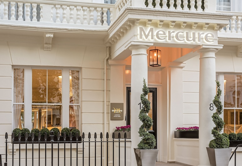 Mercure London Hyde Park Hotel, London, Hotel Front