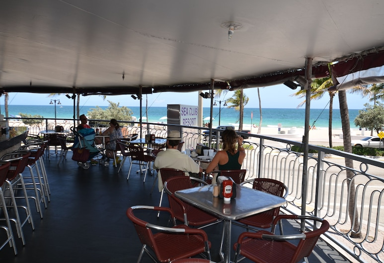Sea Club Resort, Fort Lauderdale, Restauration en terrasse