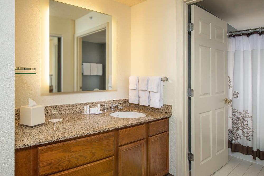 Suite - 1 soveværelse - ikke-ryger - Badeværelse