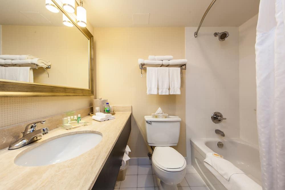 Chambre, 1 très grand lit, accessible aux personnes à mobilité réduite, non-fumeurs (Wheelchair) - Salle de bain