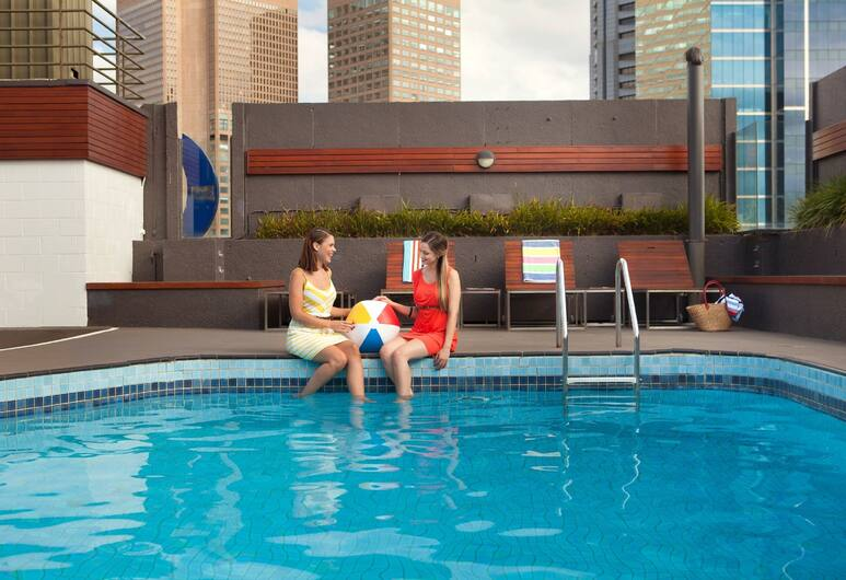 Rydges Melbourne Hotel, Melbourne, Outdoor Pool