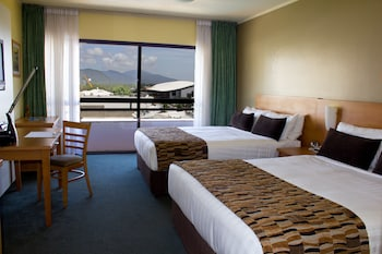 Picture of Rydges Plaza Cairns in Cairns
