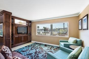 サンディエゴ、ホリデイ・イン エクスプレス サンディエゴ シー ワールド - ビーチ エリア イHG ホテルの写真