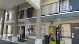 Book this Parking available Hotel in Valdosta
