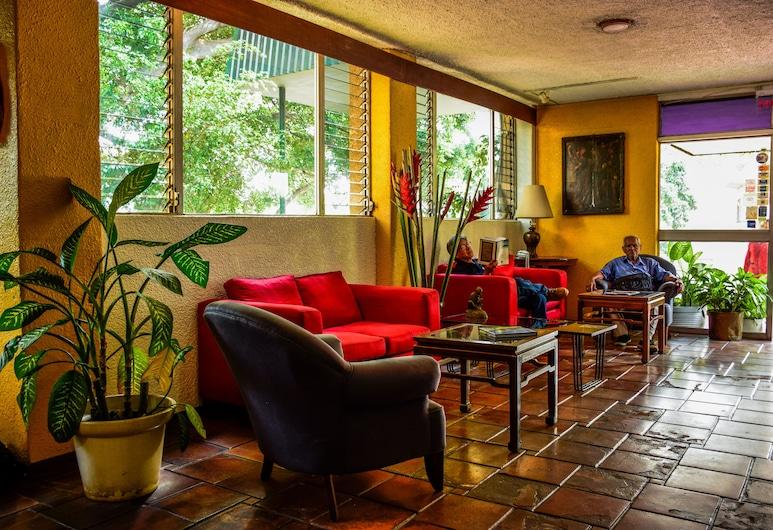 Novo Hotel & Suite, San Salvador, Priestory na sedenie v hale