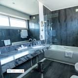 Standard Double Room (2 people) - Bathroom