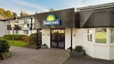 Reserve this hotel in Fleet, United Kingdom