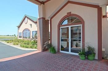 Hình ảnh Best Western Pioneer Inn & Suites tại Grinnell