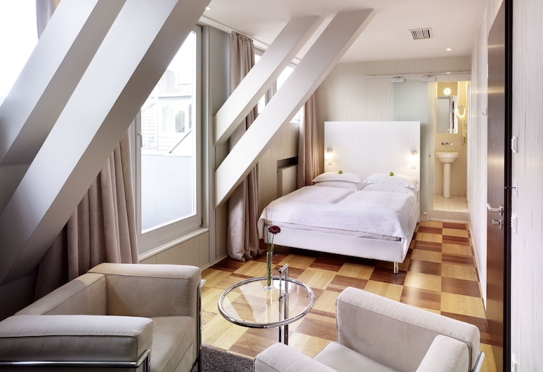 The New Yorker Hotel Köln-Messe, Cologne, Comfort Double Room, Guest Room