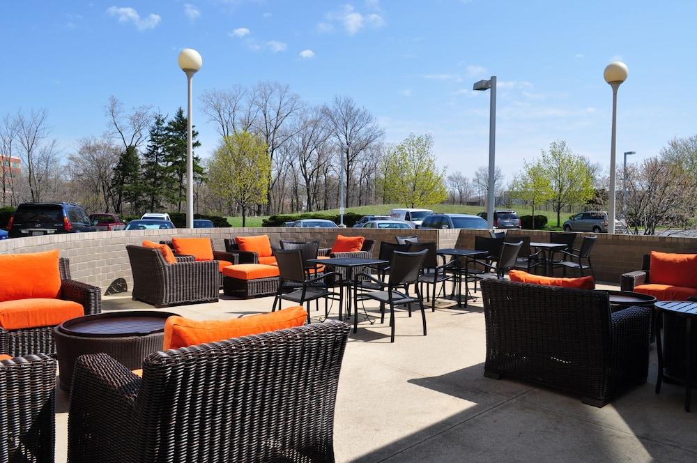 Book Hilton Garden Inn Cleveland Airport in Cleveland Hotelscom
