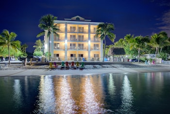 Picture of Hutchinson Island Plaza Hotel and Suites in Fort Pierce