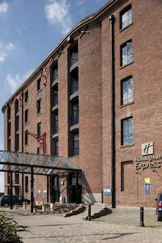 Picture of Holiday Inn Express Albert Dock in Liverpool