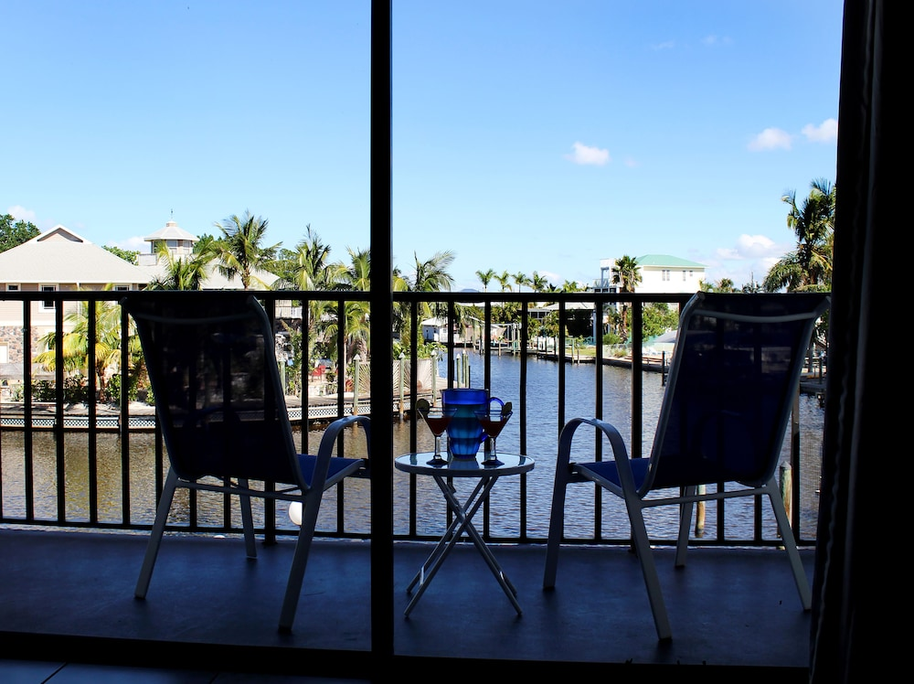 The Bay Inn At Lani Kai Fort Myers Beach Deluxe Suite Balcony