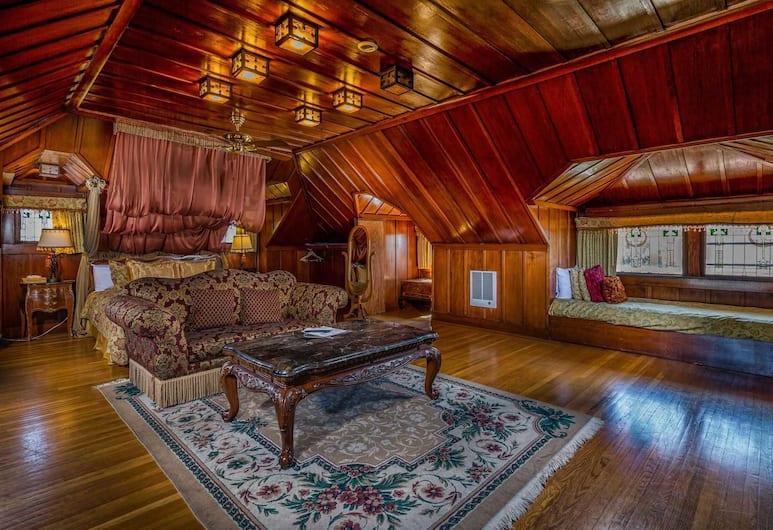 Rose Garden Inn, Berkeley, Deluxe King with Two Twin Beds, Sala de estar