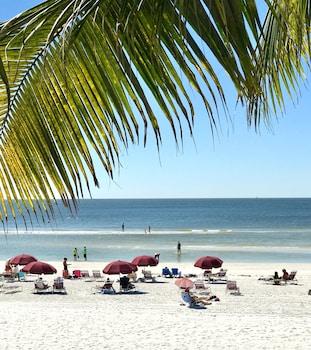 Picture of Lani Kai Beachfront Resort in Fort Myers Beach