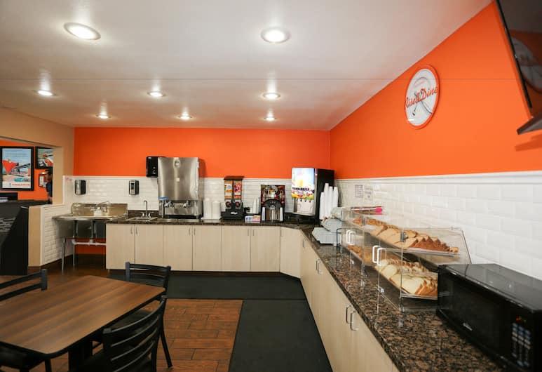 Howard Johnson by Wyndham Flagstaff I-40 East Lucky Lane, Flagstaff, Área para desayunar