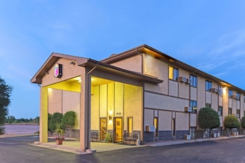 Picture of Super 8 by Wyndham Cos/Hwy. 24 E/PAFB Area in Colorado Springs