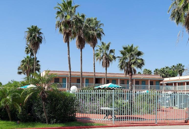 University Inn & Suites, Brownsville
