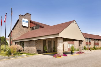 Picture of Travelodge North Bay Lakeshore in North Bay