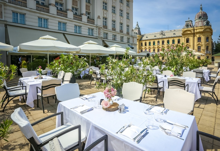 Hotel Esplanade Zagreb, Zagreb, Terraza o patio